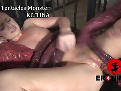 Be transferred to Tentacles Monster Kittina Ivory